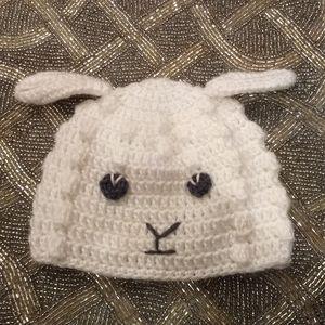 Knit lamb hat 0-6 months